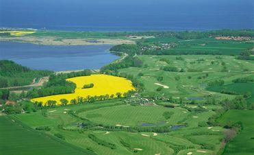 Luftbild vom Golfplatz